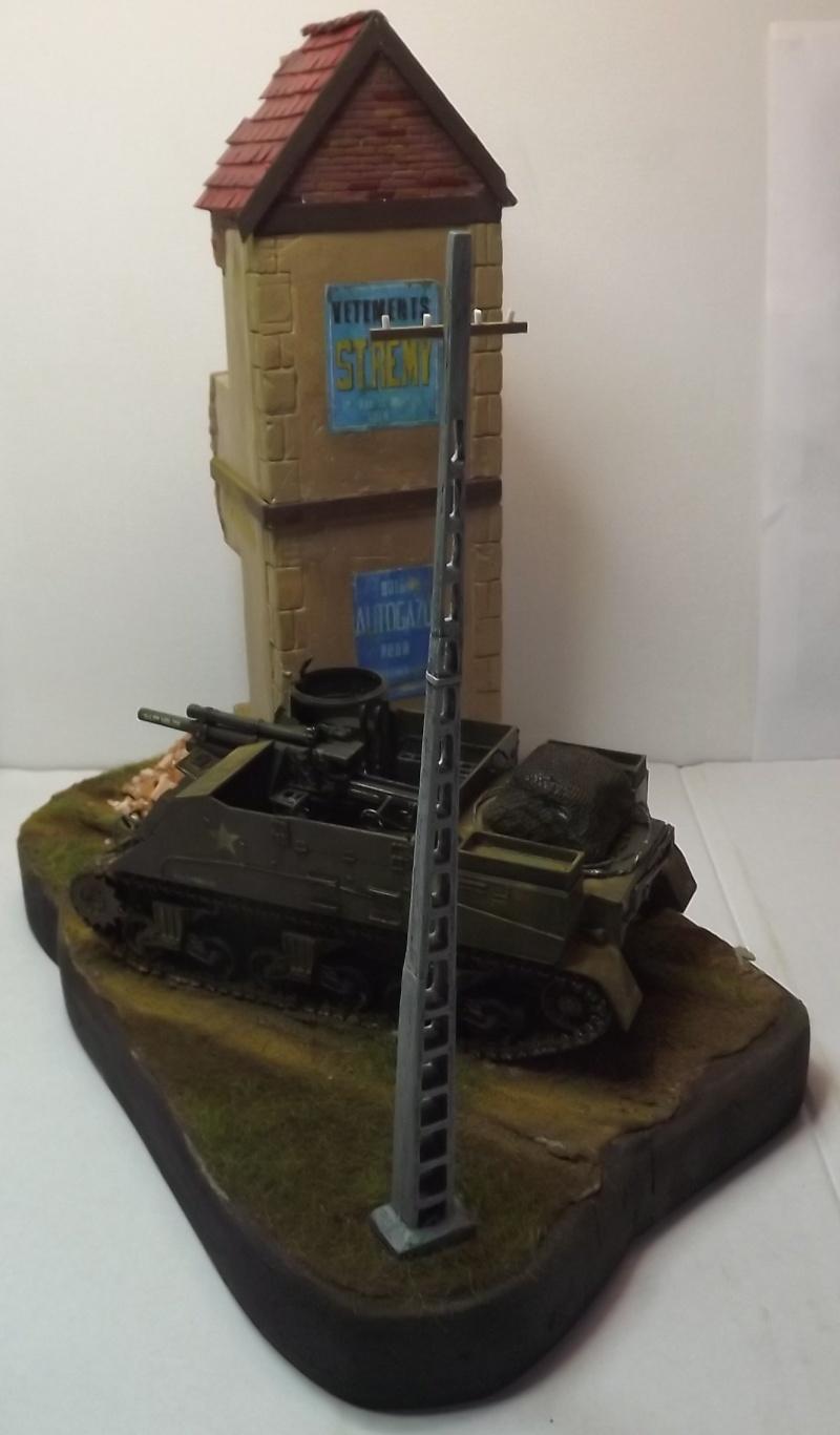 COUTANCES, le 29 juillet 1944, la 6th Armored Division traverse les faubourgs de Coutances. Dscf6658