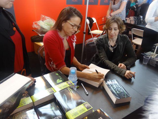 Rencontre avec Kami Garcia et Margaret Stohl – le 22 mars 2013 Dedi_s11