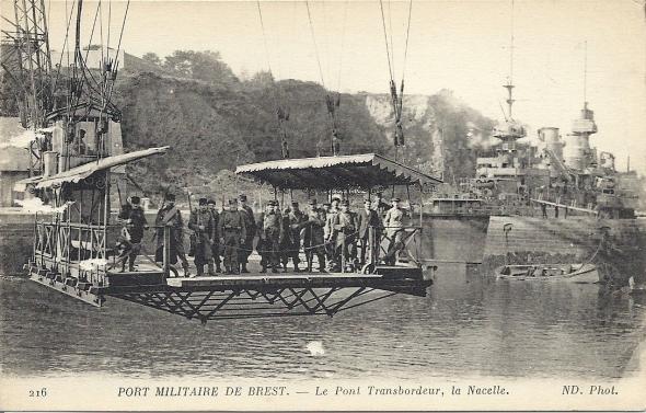 La marine et son pont volant Numari20
