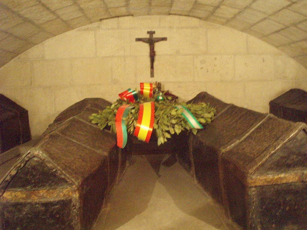 la chapelle royale de grenade derniers de repos des roi s catholiques Isabelle et Ferdinand  1024px11