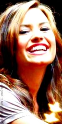 Demi Lovato Sem_ta16