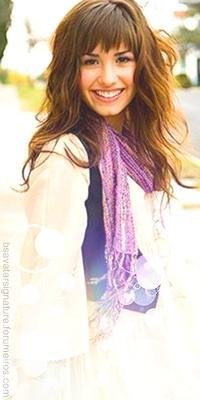 Demi Lovato Sem_ta31