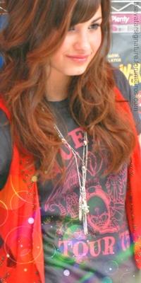Demi Lovato Sem_ta38