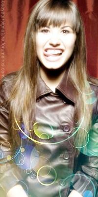 Demi Lovato Sem_ta41
