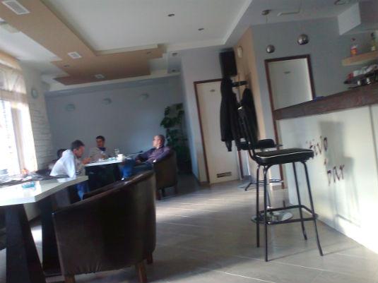 "Naši poduzetnici (mlade snage) - ""Pozitivo bar"" vl. Ivan Grgić 511"
