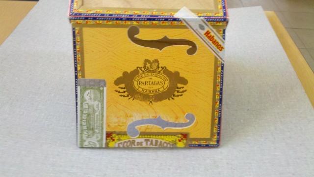Présentez-nous vos Cigar Box Guitare 2013-017
