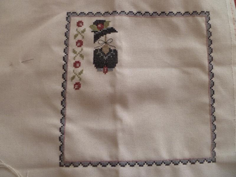 3e objectif: Ma petite robe noire - Page 2 P1040425