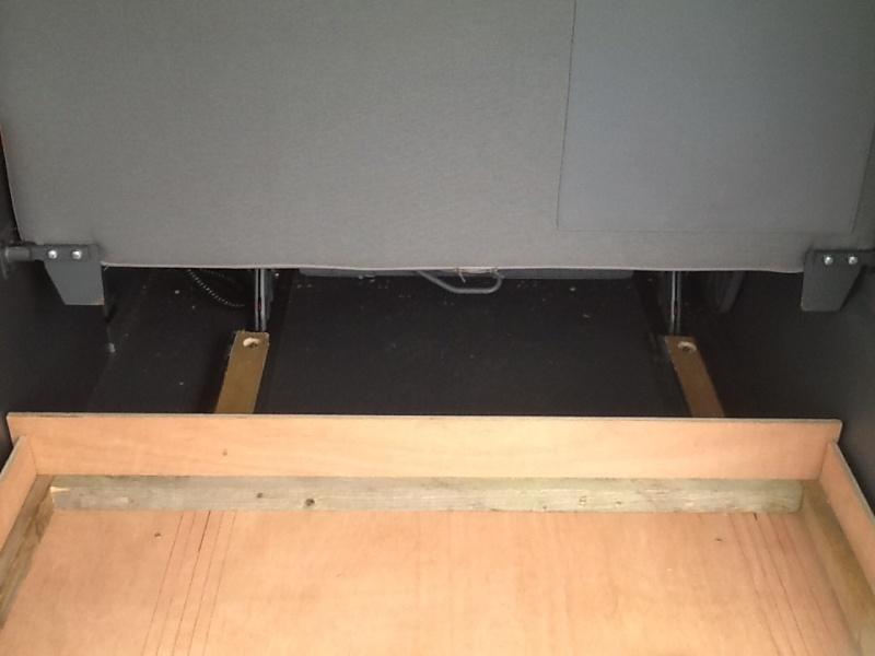 Un nouveau tiroir de coffre! Saone_21