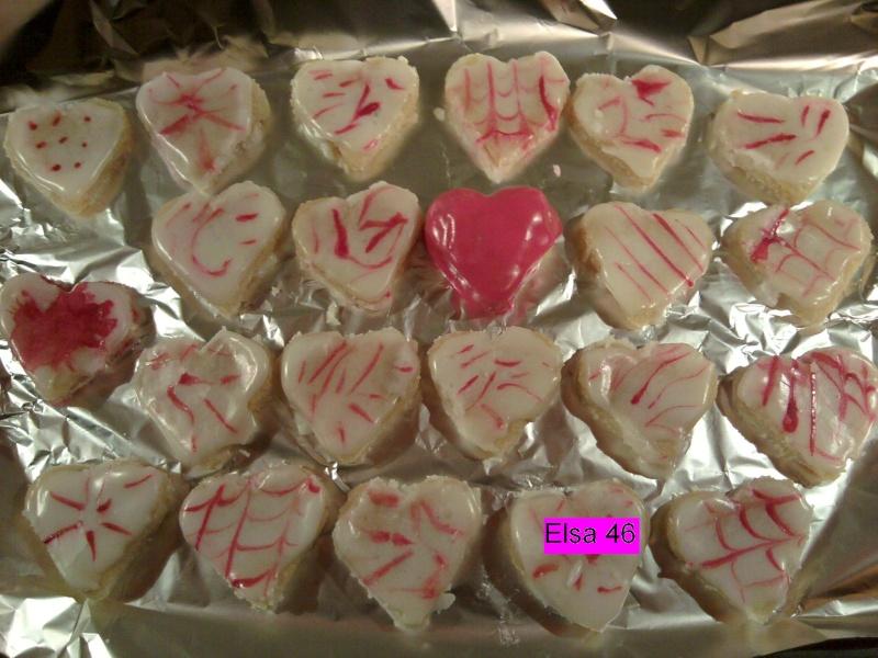 Biscuits, macarons, muffins et cupcakes de Saint Valentin 2011-013