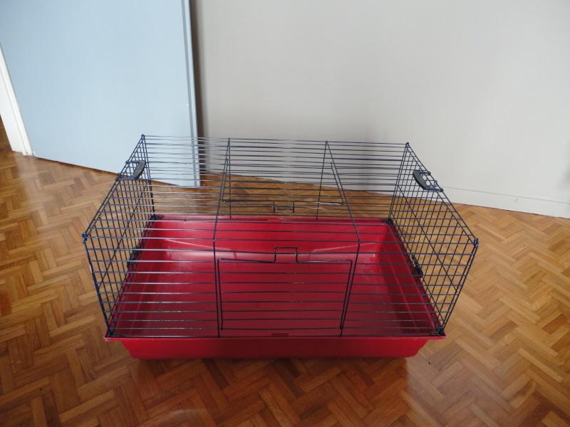Cage à lapins - cochons d'indes (67) Dsc00111