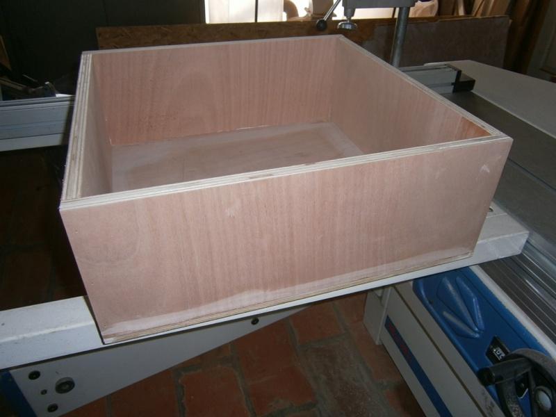 fabrication tiroirs en remplacement d'une étagère P3061414