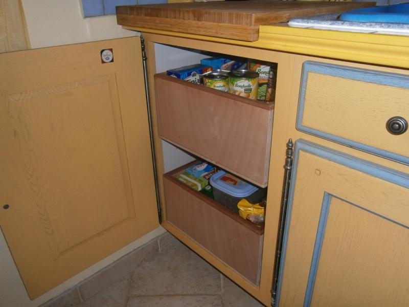 fabrication tiroirs en remplacement d'une étagère P3081414
