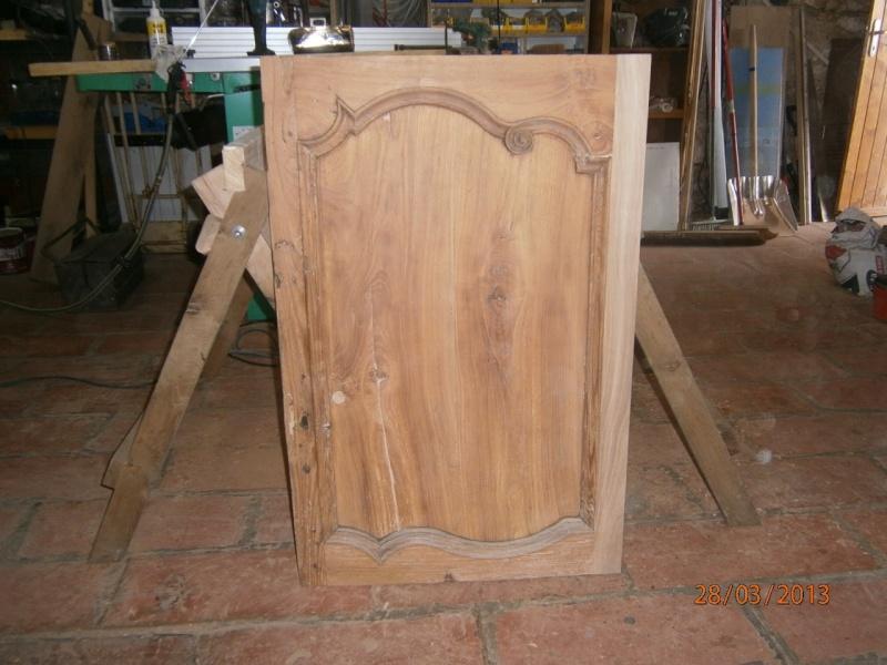 Création petite armoire pour rangement verres P3280012