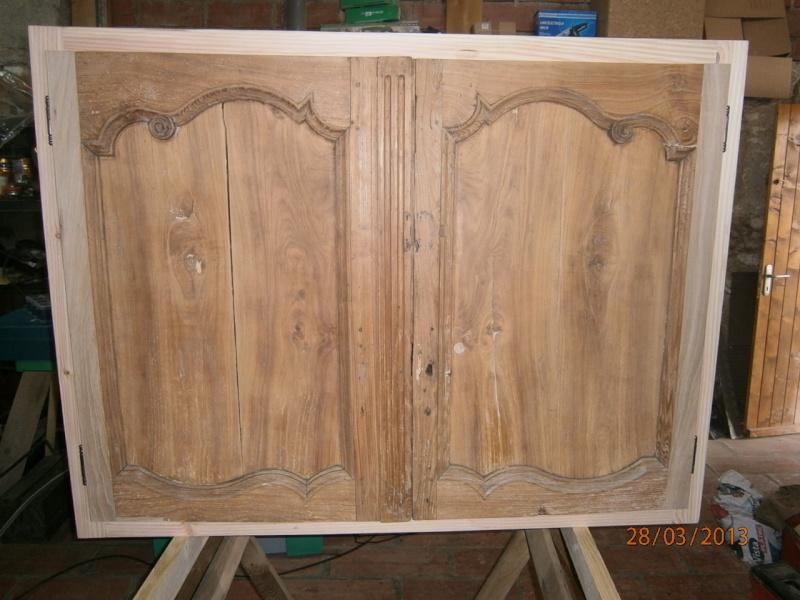 Création petite armoire pour rangement verres P3280013