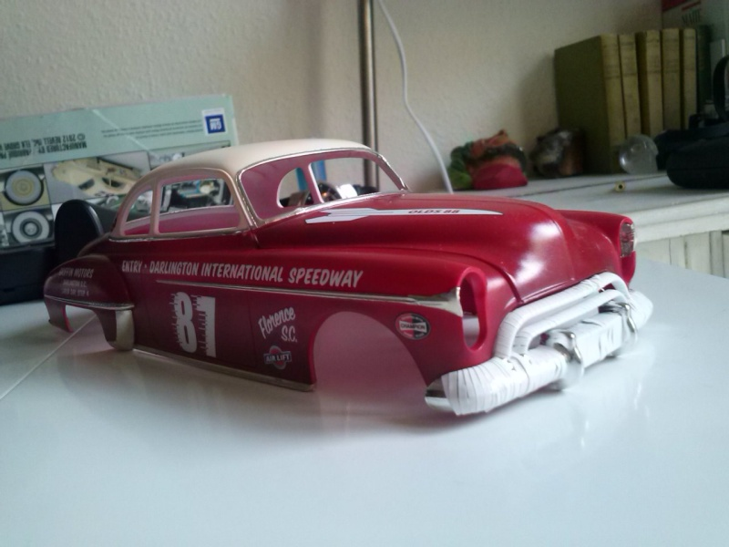OLDS 1950 american stock car racing/REVELL TERMINEE!! Cam00721