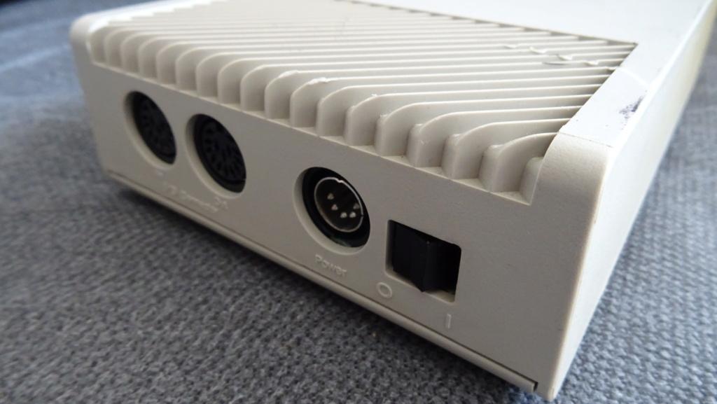 [TEST] Lecteurs disquettes externes SF354/SF314 - Atari ST Dsc01014
