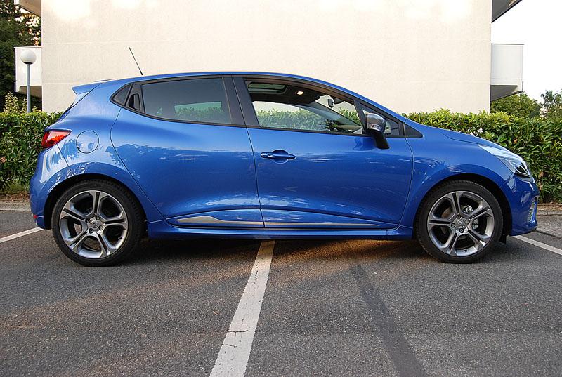 CLIO 4 GT (bleu Malte) - Page 2 Dsc_5711