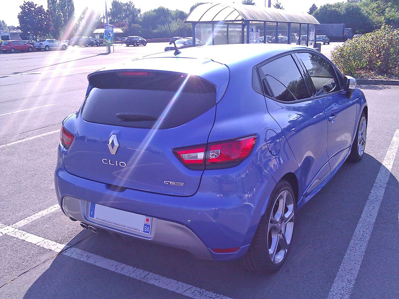 CLIO 4 GT (bleu Malte) - Page 2 Wp_00113