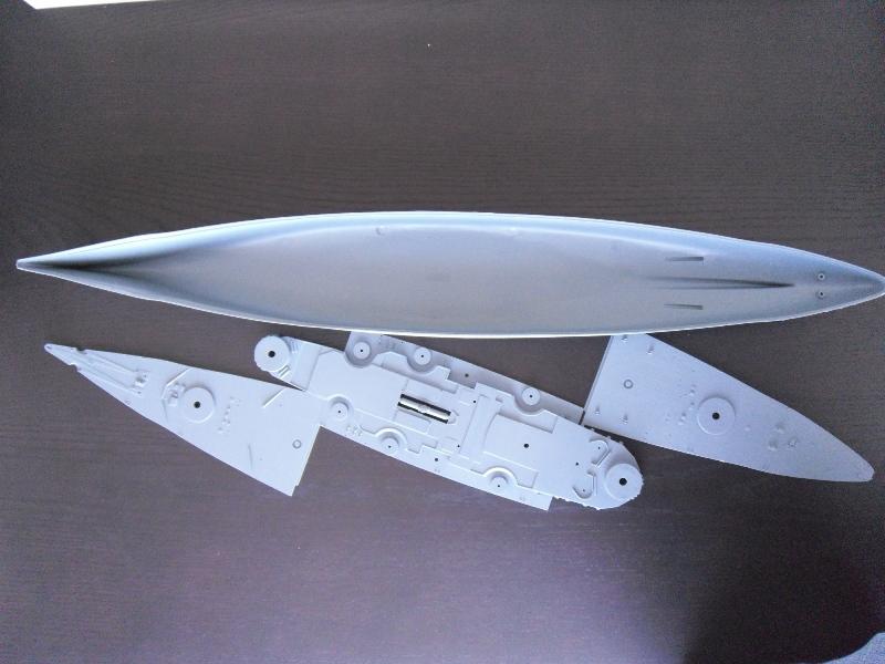 TIRPITZ 1/350 ACADEMY + pont bois + rembardes photodecoupe Presen25