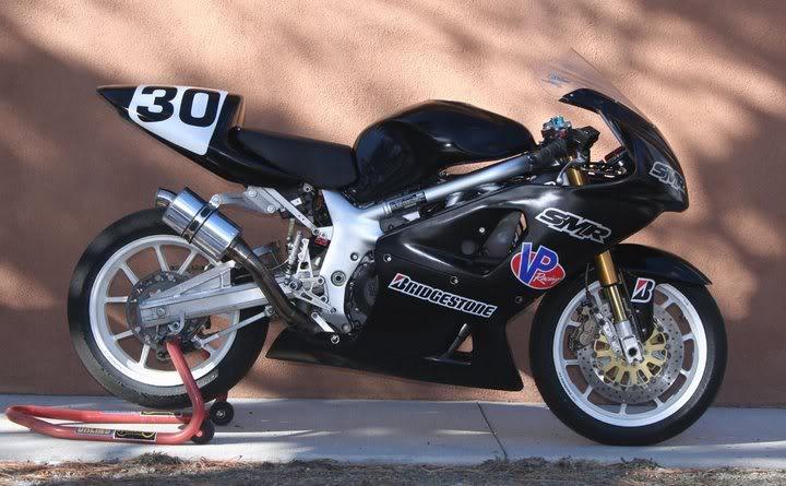 SV 650 Rider Club. Suzuki 650 sv, carbu et injection  - Page 3 Superb10