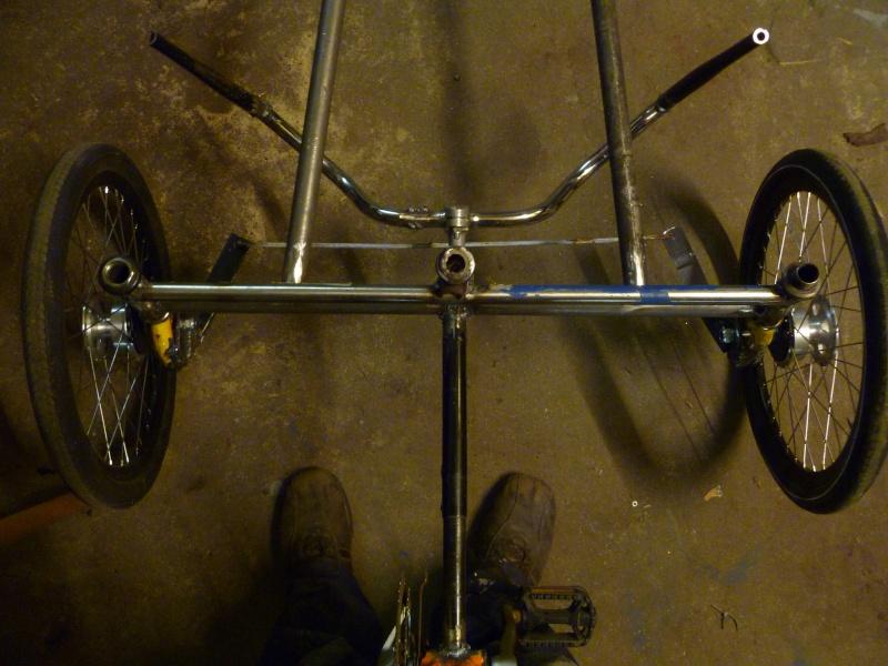 Autofabrication d'un trike, hauteur de pedalier P1020910