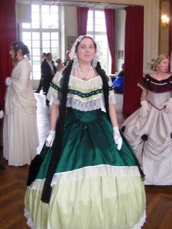 [Histo] Robe de Bal verte Dscf0712
