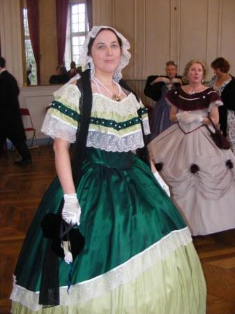 [Histo] Robe de Bal verte Dscf0713