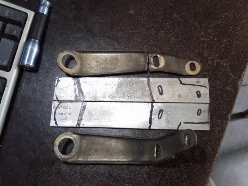 rt intermediate fairing brackets  2013-030