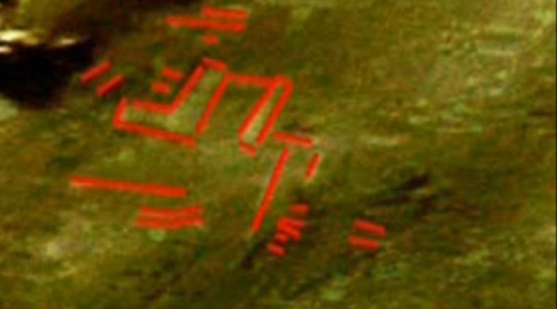 Mars: Le cratère Hale Ovni_r12