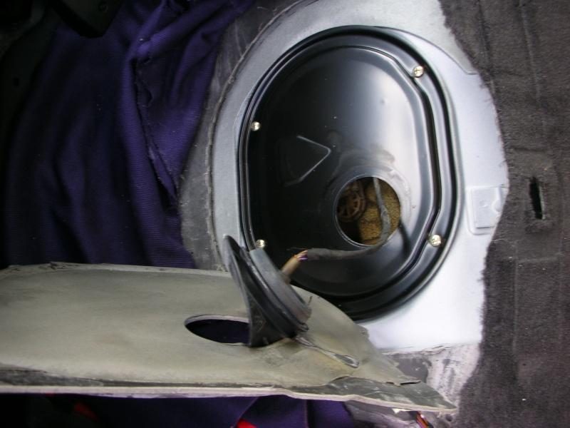 changement pompe immergée réservoir Dscn8712