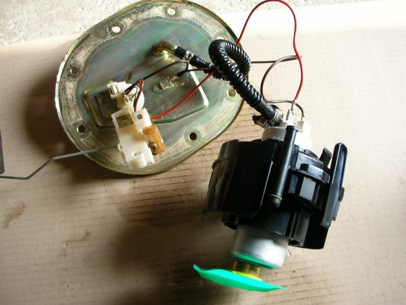 changement pompe immergée réservoir Dscn8719