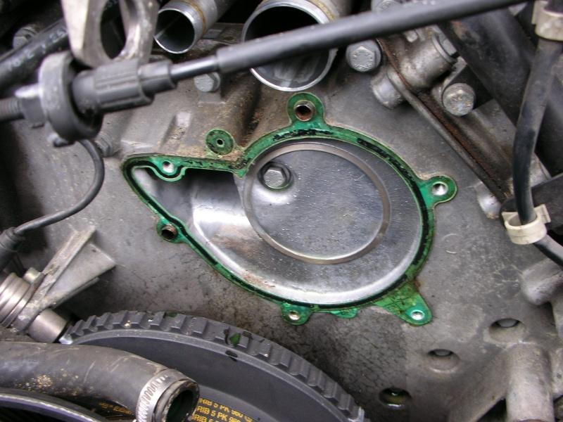 changement pompe a eau V8  Dscn8832
