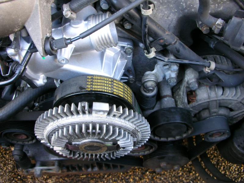 changement pompe a eau V8  Dscn8838