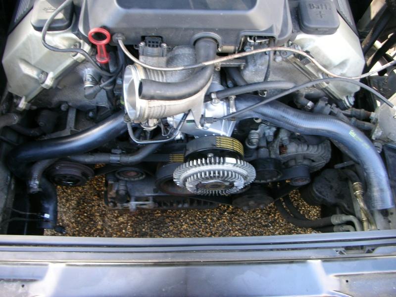changement pompe a eau V8  Dscn8839