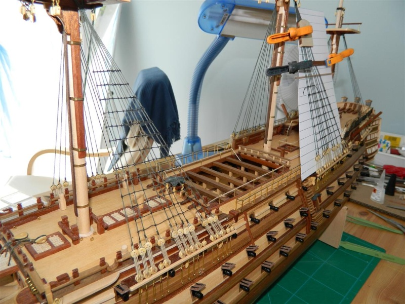 HMS VICTORY 1/94 constructo - Page 3 Dscn0714