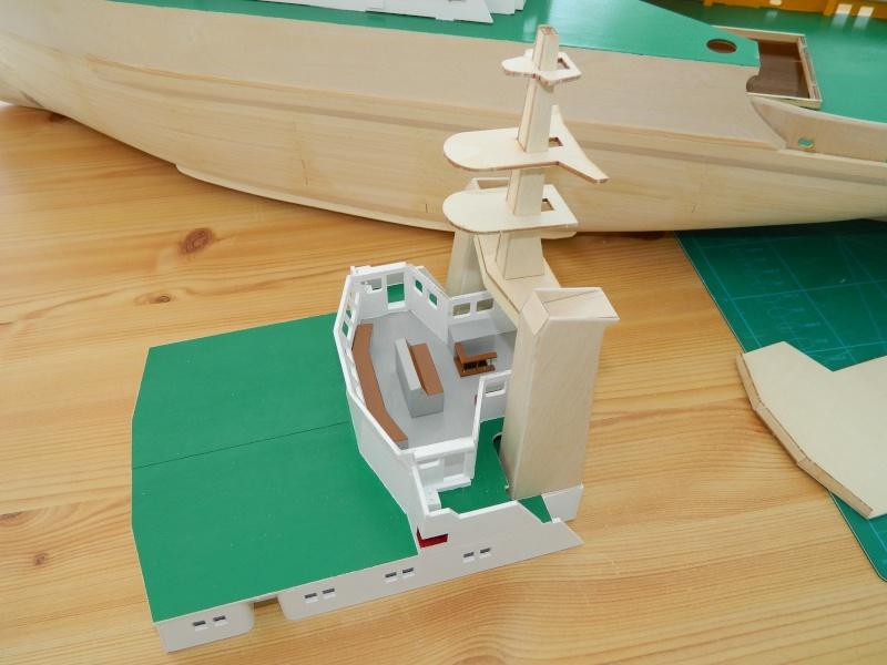 Remorqueur Smit Rotterdam (Billing Boats 1/75°) de Pinuche Dscn0916