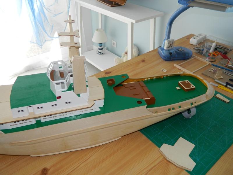 Remorqueur Smit Rotterdam (Billing Boats 1/75°) de Pinuche Dscn0917