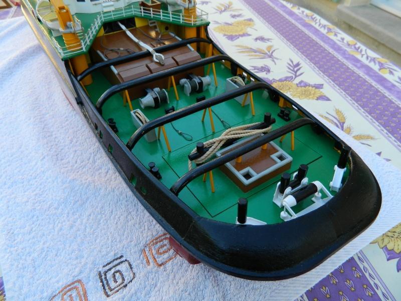Remorqueur Smit Rotterdam (Billing Boats 1/75°) de Pinuche Dscn1111