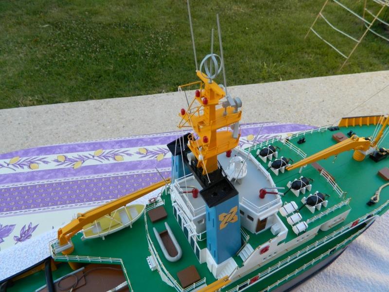 Remorqueur Smit Rotterdam (Billing Boats 1/75°) de Pinuche Dscn1115