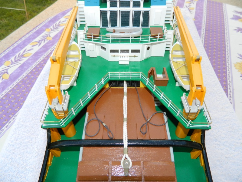 Remorqueur Smit Rotterdam (Billing Boats 1/75°) de Pinuche Dscn1116