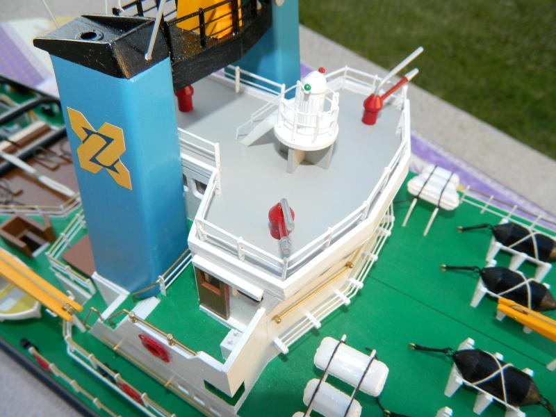 Remorqueur Smit Rotterdam (Billing Boats 1/75°) de Pinuche Dscn1117