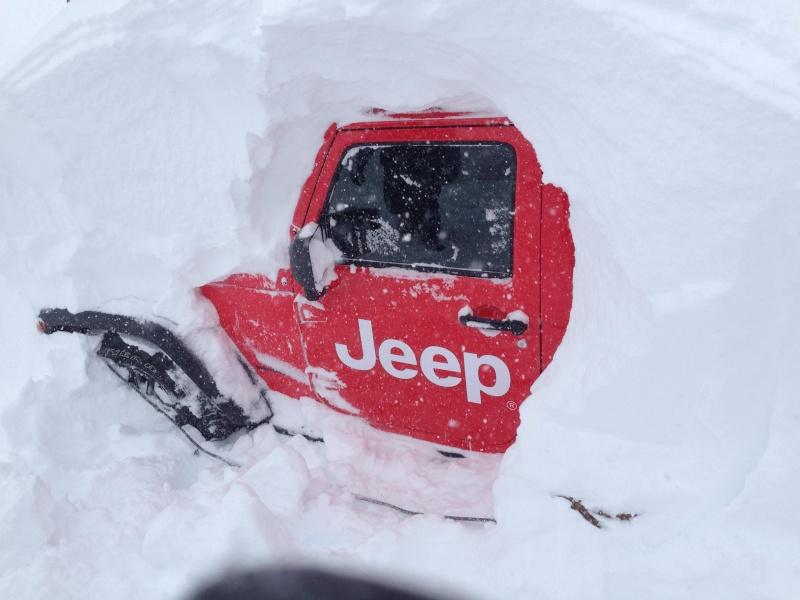 Vacance en Jeep ! Sport d'hiver  83050110