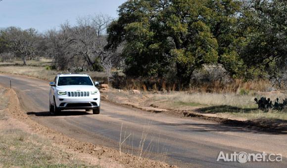 Premier contact : un Jeep sans complexes Talach11