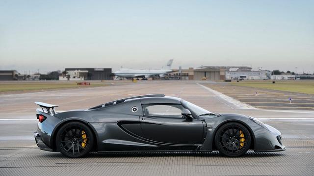 Top 10 najbrzih Automobila na Svetu  37821410