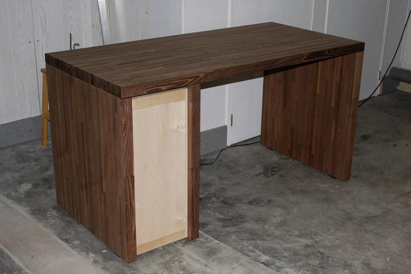 [Fabrication] Un bureau contemporain et simple…  - Page 6 Bureau10