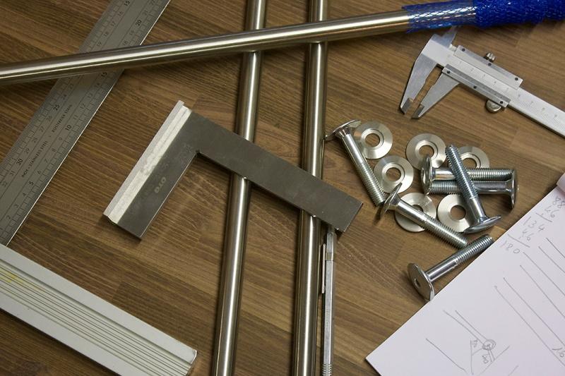 [Fabrication] Un bureau contemporain et simple…  - Page 6 Matari10