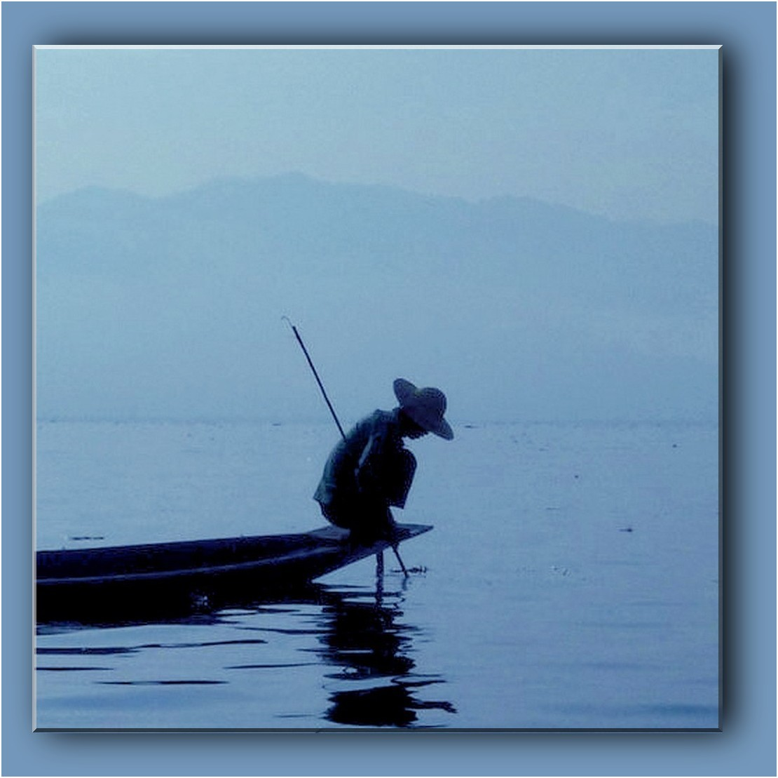 contre jour au lac Inle P1310215