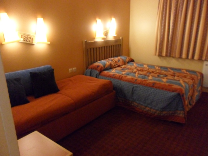 [Hôtel Disney] Disney's Hotel Santa Fe - Page 5 Sam_3111