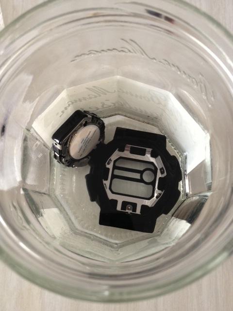casio - HydroMDP : réalisation d'une Casio G-Shock équipression - Page 12 Bains10