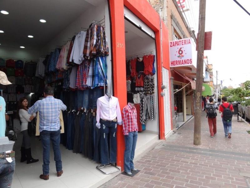 Clothing town Dsc03925